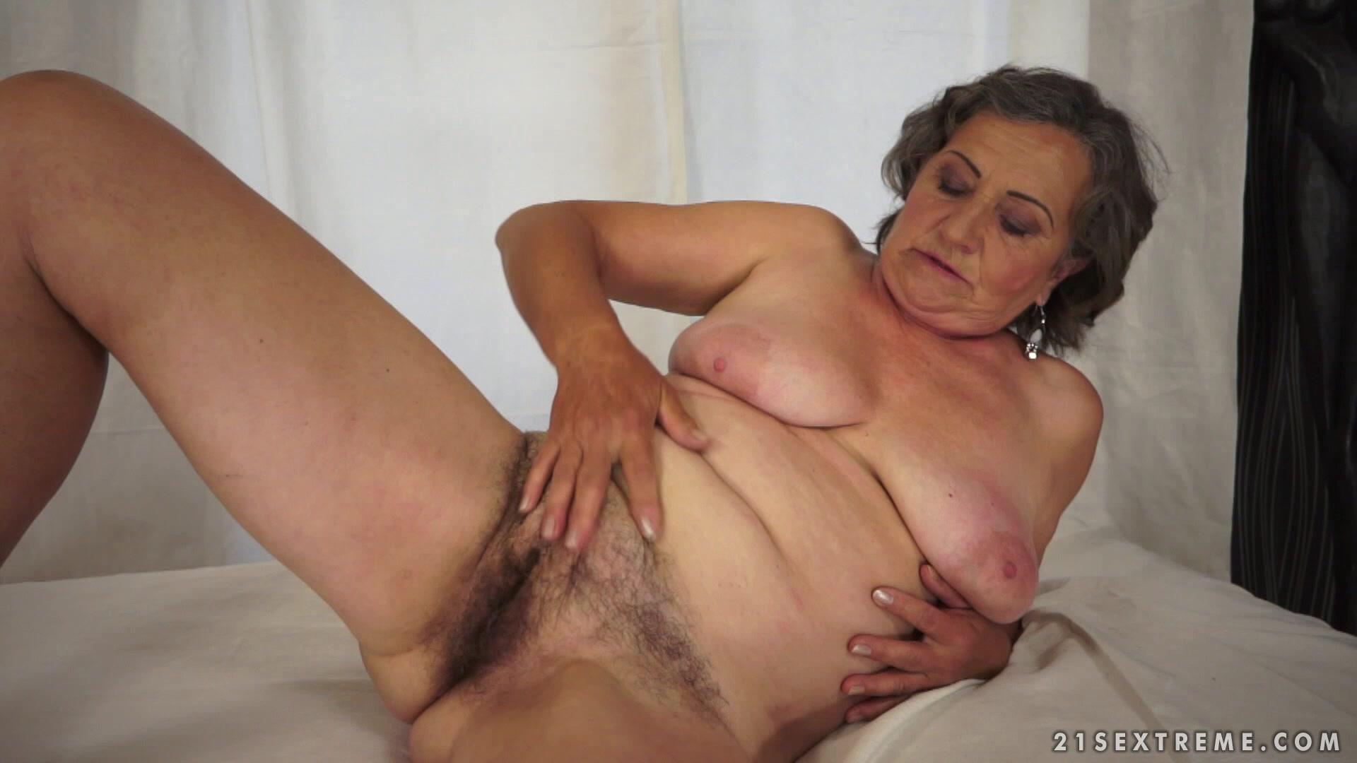 Секс старые волосатые бабки