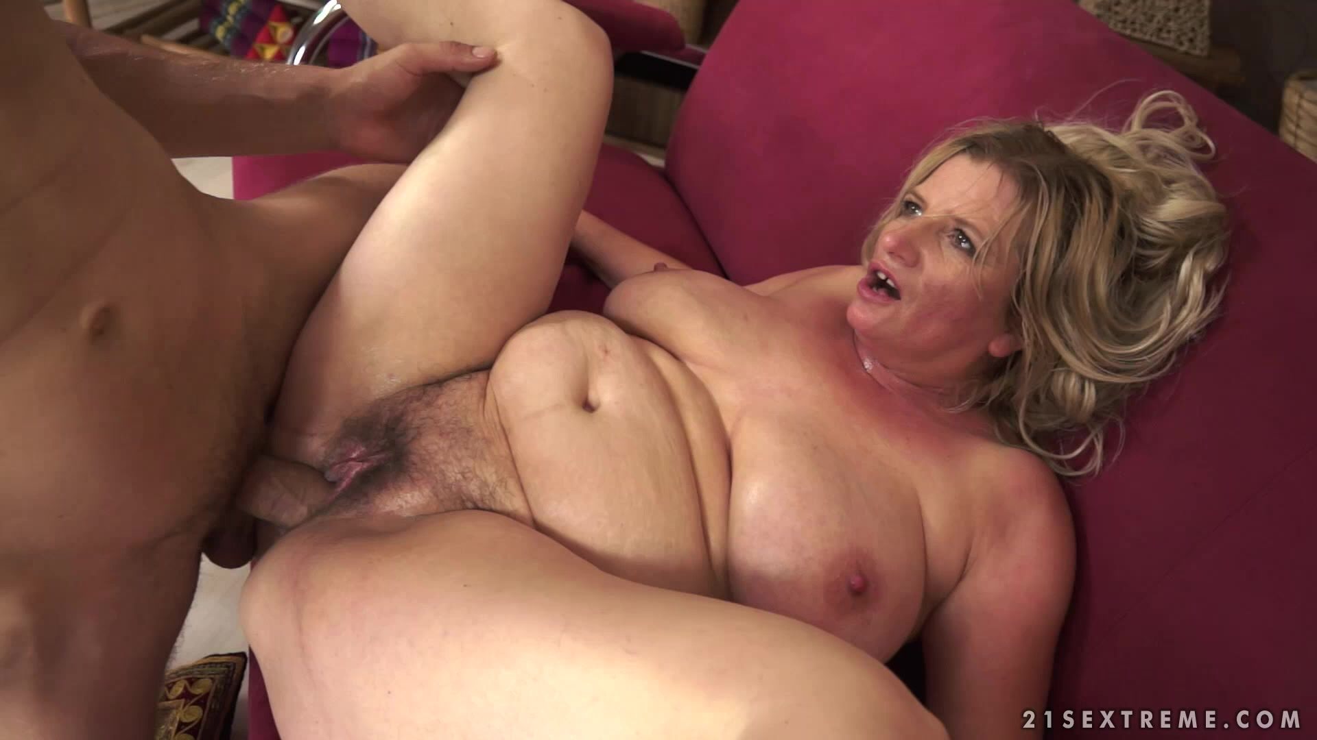 Dirty Anal Sex With A Filthy Mature Blond Woman