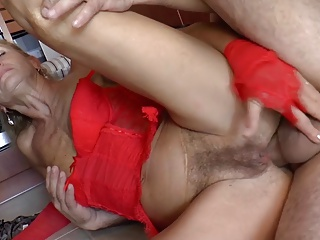 Hairy German Grandma Loves Anal - R9