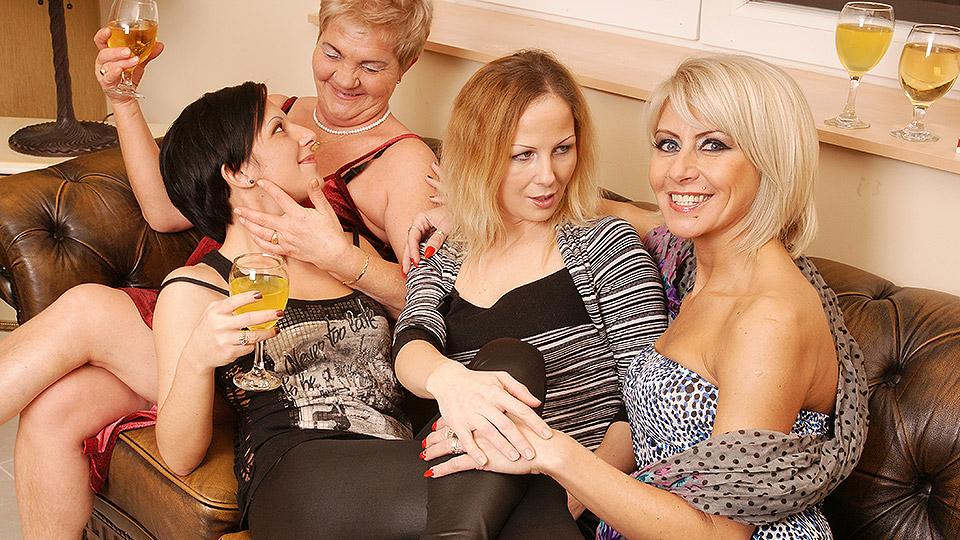 Women lesbian drunk