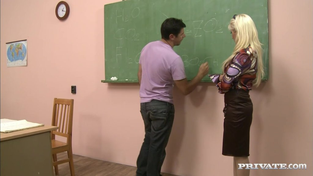 Blonde Teacher Leah Lush Enjoys A Gangbang In A College Room