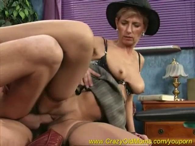 mom loves deep anal sex