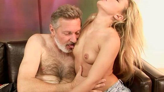 CLEAN IT ALL UP - Older Man porn