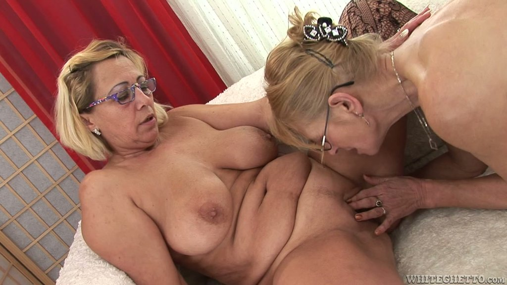 Two Blonde Grannies Milli And Beata A Enjoy Toying Each Other's Vags