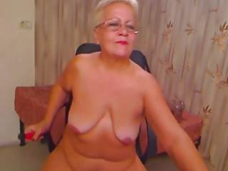 Italian Granny Show Your Ass - negrofloripa