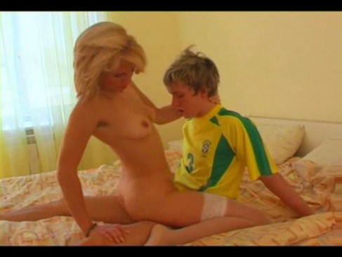 A very horny mother with an lovely body