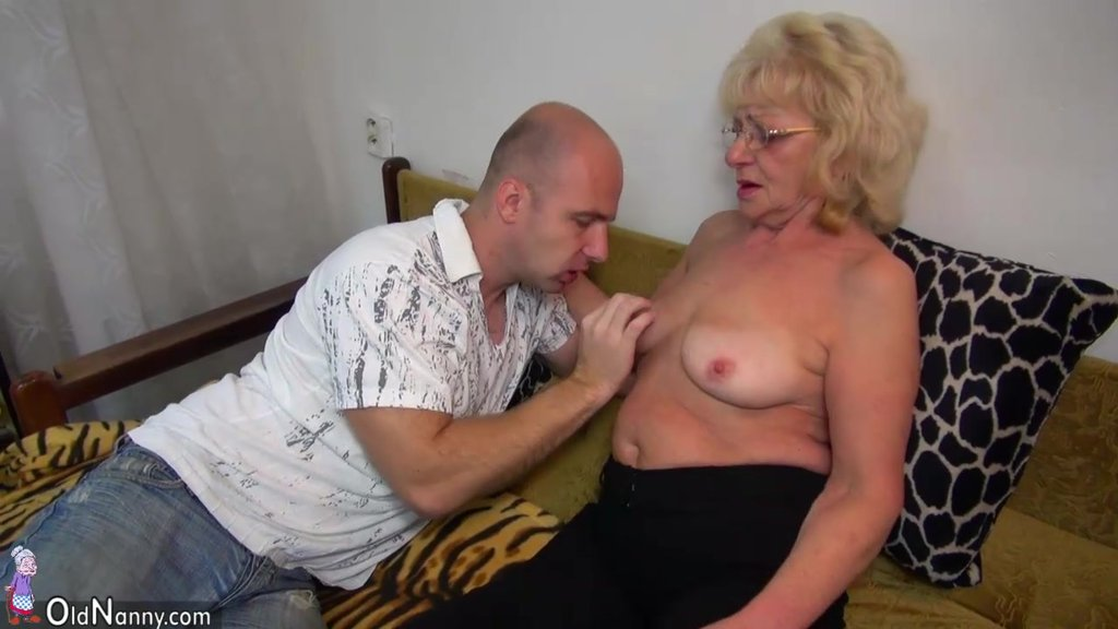 HOT Young Guy Fucking Granny With Strap-On