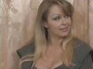 Mother lesbian threesome - Lesbians porn