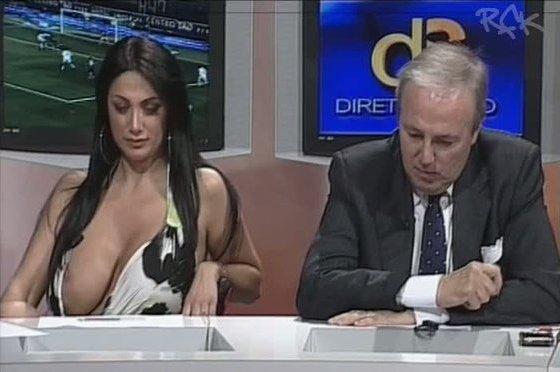 Marika Fruscio - Oops! Diretta Stadio - Big Tits porn