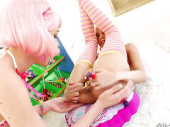 Jayda Diamonde and Katie Angel both have great lesbian experience