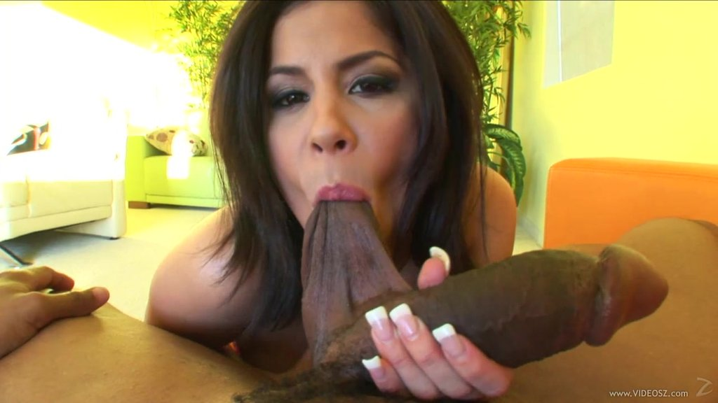 Brunette Babe Gets A Big Cumshot After A Hot Interracial Head POV