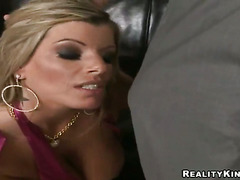 Billy Glide cant resist sex crazed Kristal Summerss