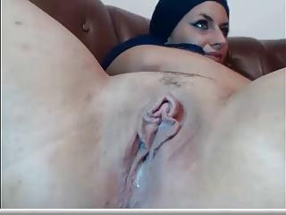 Hijab Web Cam