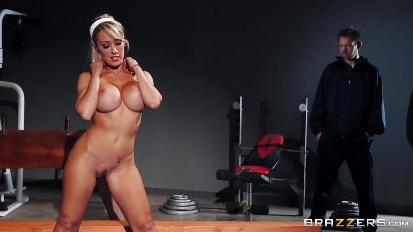 Capri Cavanni ends her workout with some thick dick | PornTube ®