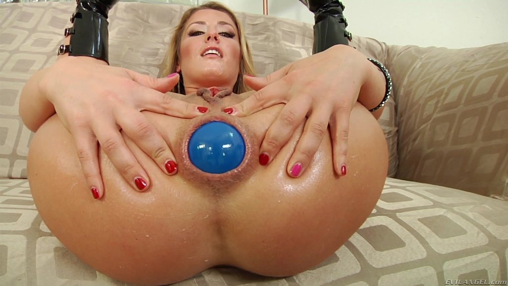 Analne zabawy video