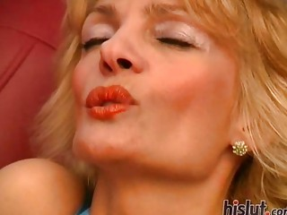 This gorgeous mature blonde was horny