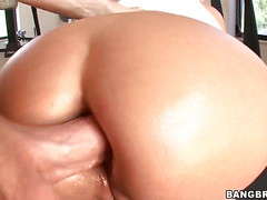 Fabulously hot hooker Trina Michaels with juicy bottom shows
