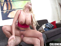Britney Amber opens her fuck box to take tool