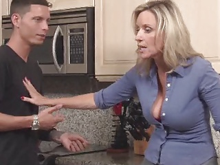 Reluctant Stepmom Fucked in Kitchen