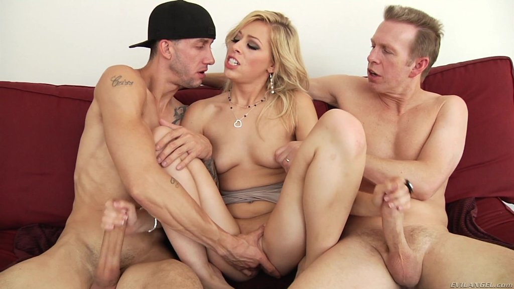 Icy Hot Blonde With Natural Tits Gets Hammered By Two Cocks In Saucy Threesome