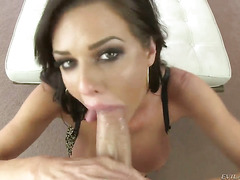 Veronica Avluv gets her mouth attacked