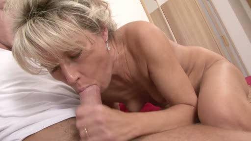 hairy mature hardcore fuck - Mature porn