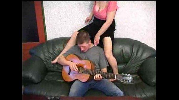Смотрите порно с инцестом пьяной родни - бесплатно