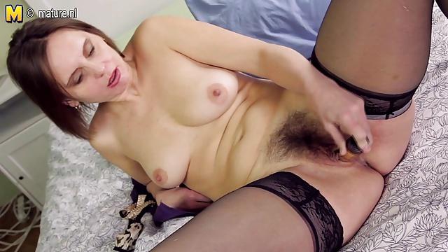 owłosione dojrzałe mamuśki porno blond nastolatka ostry seks