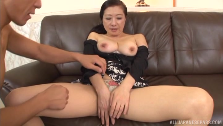 seks wideo mamuśki Japonia Melissa Rauch porno