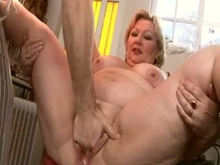 CUMMING MATURE 2 - Fat porn