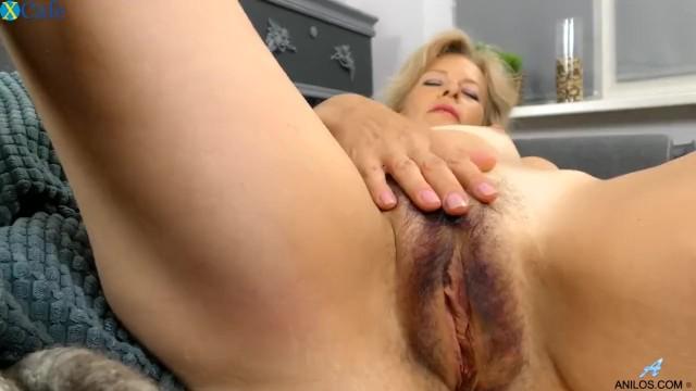 mama syn anime porno