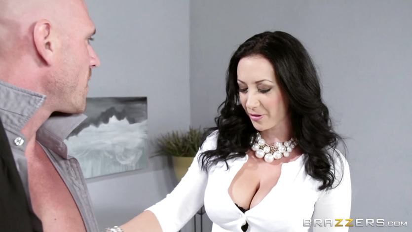 Sexy wife Jayden Jaymes fucked by her hot hubby | PornTube ®