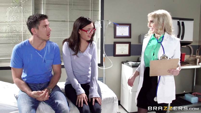 Doctor Christie Stevens shows just how anal is done | PornTube ®