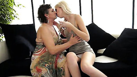 FREEDOM IN LOVE - Lesbians porn
