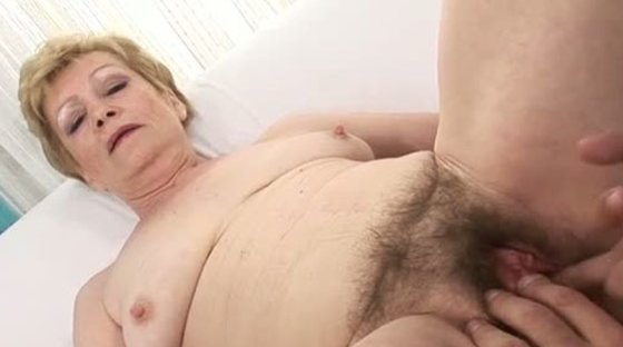 i wanna cum inside your horny grandma 4 - Grannies porn