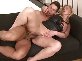 kurwa milfs porno amatorskie mamuśki galerie porno