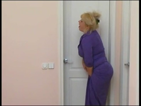 NastyPlace.org - With busty mom in washroom