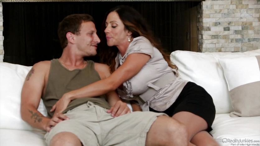 MILF Ariella Ferrera sucks and fucks her horny toyboy | PornTube ®