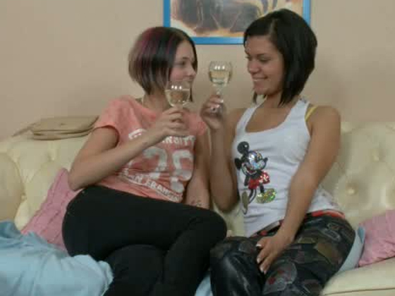 Drunk brunette college babes have fun in the campus room. Hot video - Teens porn
