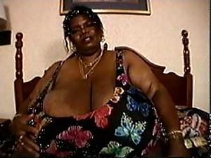 zdjęcia tłuszczu sflaczałe cycki