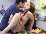 Mloda japonka chce orgazmu