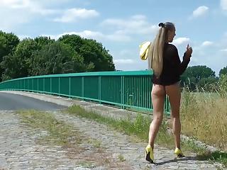 Flashing on a bridge and fucking in cornfield
