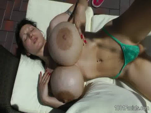 Big boobs cum