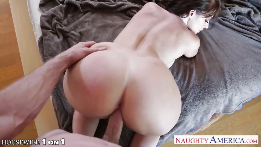 Sexy brunette housewife Sophie Dee fucking | PornTube ®
