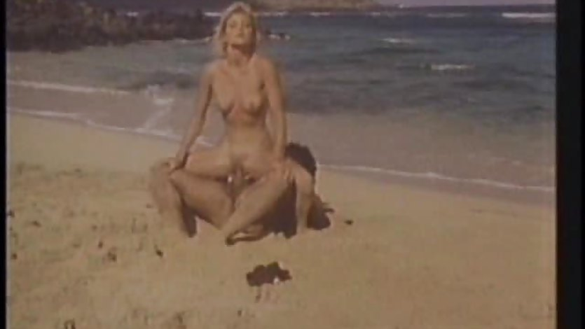 Ginger Lynn rides Ron Jeremy big cock on beach | PornTube ®