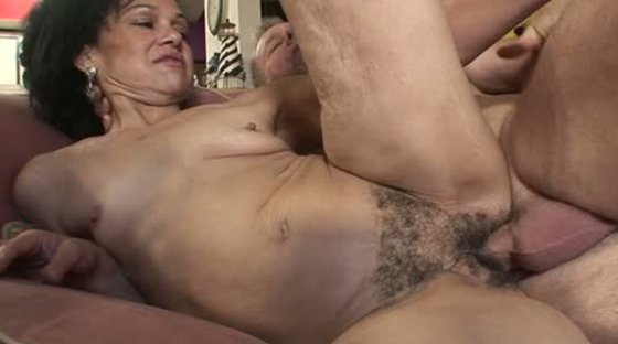Outrageously wild sex of a mature couple on the couch - Grannies porn