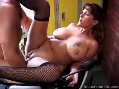 Busty MILf enjoys a hard fucking