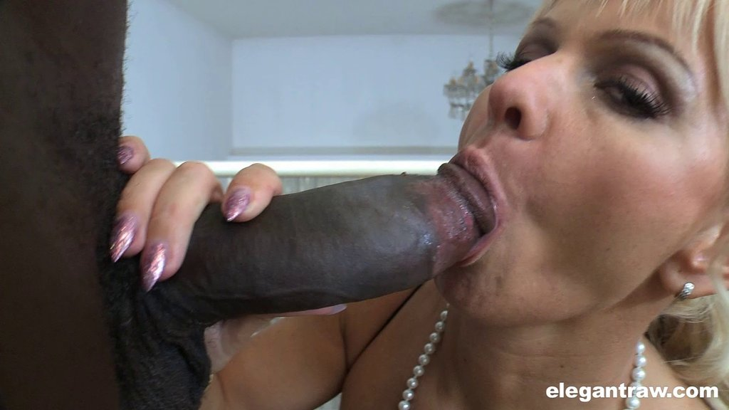 An Interracial Couple Does Some Hardcore Fucking On A Balcony