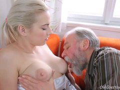 [OldGoesYoung] Olga (Olga and old goes young guy fuck in storage unit - Teen sex video