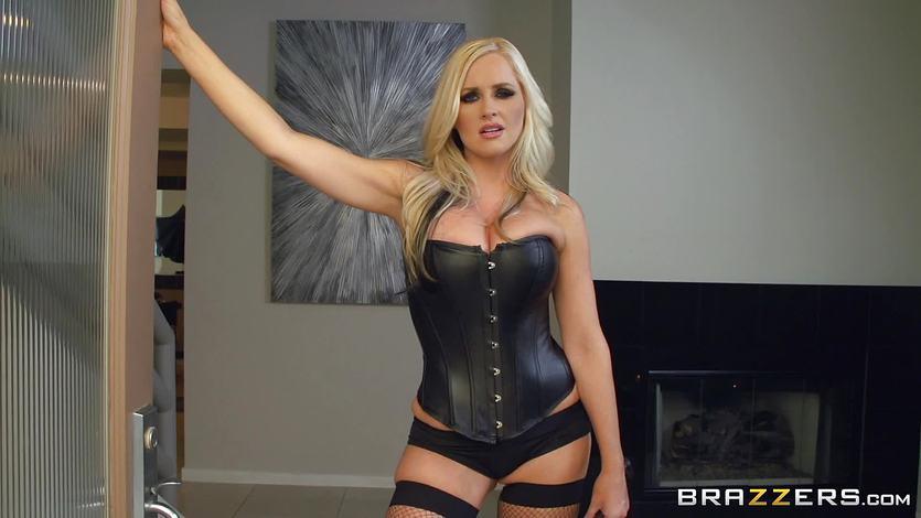 Dominating Alena Croft fucks her slave in the kitchen | PornTube ®